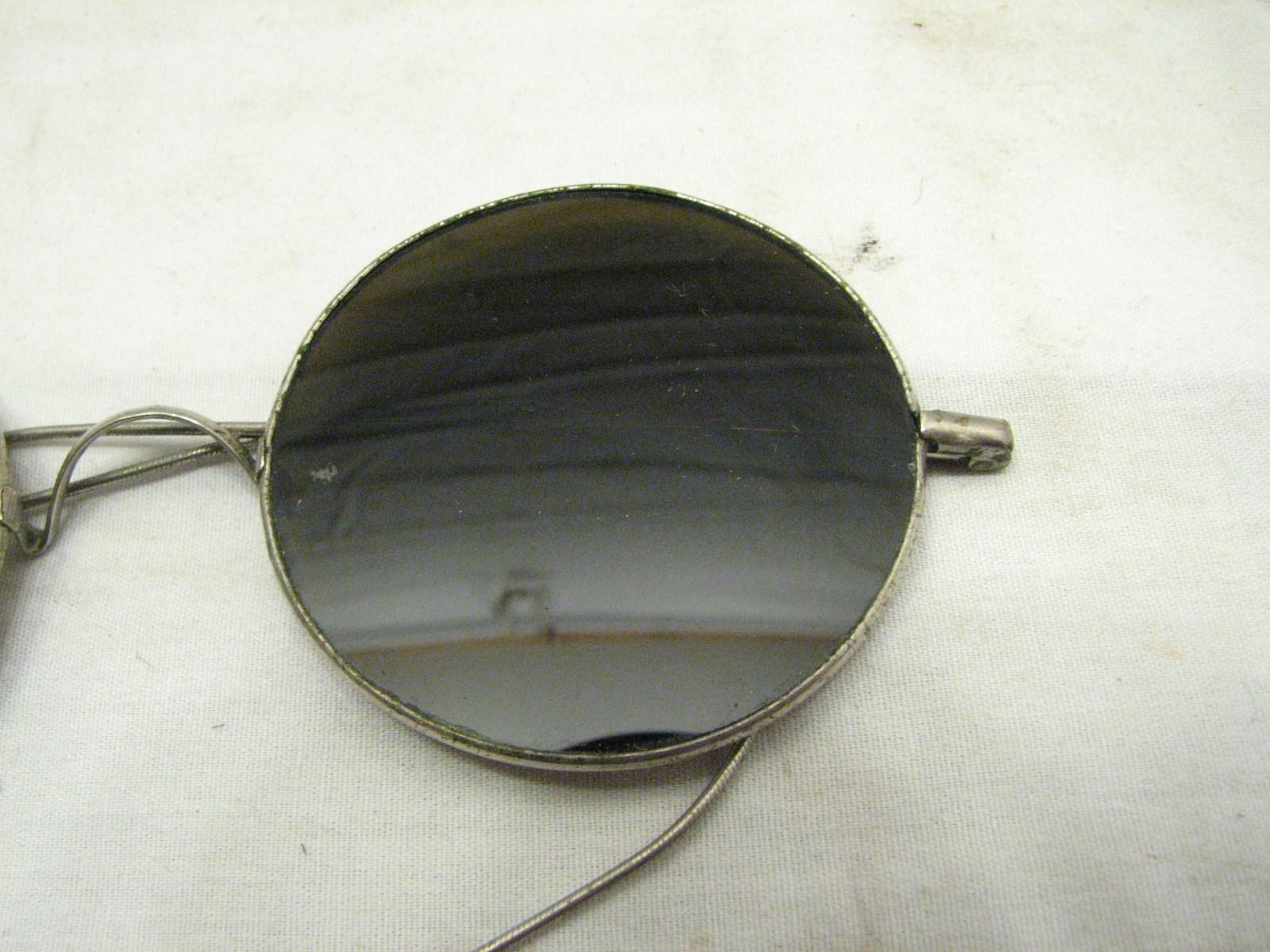a8bc8a4bdd3eb Par Aro Redondo Wilson precoce ornamentado Óculos De Sol Anos Lennon ...